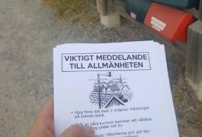 Flygbladsutdelning angående demonstration, Nykvarn