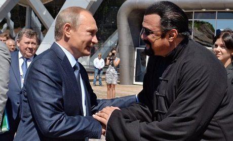 President Vladimir Putin med actionskådespelaren Steven Seagal.