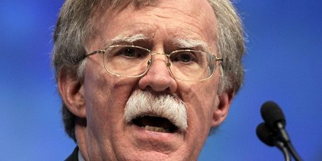 """Den neokonservative diplomaten John Bolton tror inte att Ryssland ligger bakom """"cyberattacker"""" mot USA."""