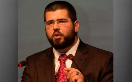 Heimbach håller tal under det nationaldemokratiska NPD:s partikongress i Tyskland.
