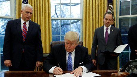 presidentsignsexecutiveorders