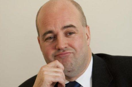 M och sd politiker i attack mot reinfeldt