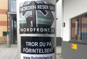 Klistermärkesuppsättning i centrala Borås