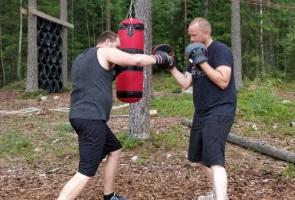 Boxningsträning i Näste 5