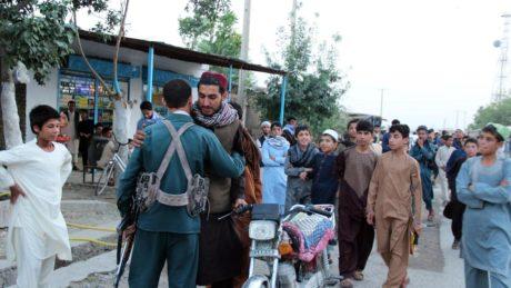 Atta talibaner dodade vid usa offensiv