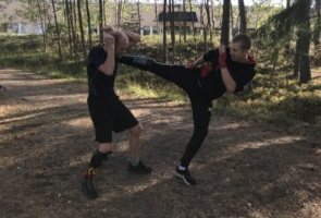 Gruppträning – Kampgrupp 102