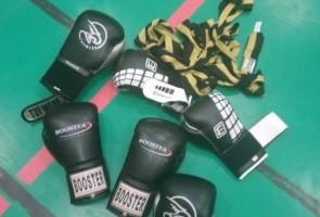 Näste 5 tränade boxning