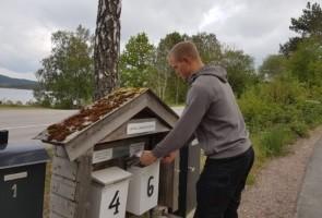 Utdelning av flygblad i Uddevalla kommun