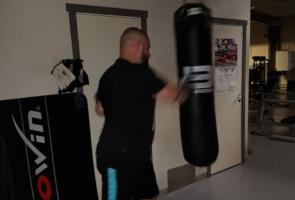Boxningsträning och aktivisttest i Näste 7